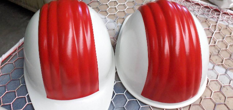 Spuiterij Tauber - Helmen natlakken